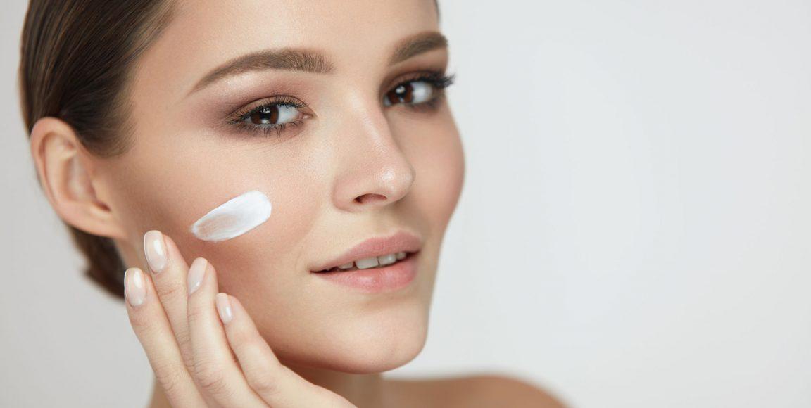 Kosmetyki dopielęgnacji skóry twarzy – dokonuj świadomych wyborów